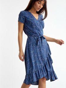 Голубое платье на запах с коротким рукавом