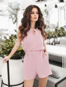 Летний розовый комбинезон с шортиками