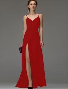 Красное вечернее длинное платье на бретелях с разрезом