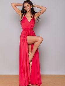 Нарядное длинное красное вечернее платье на тонких бретелях