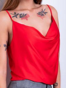 Утончённая майка на бретелях в бельевом стиле красная