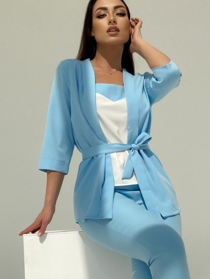Летний брючный костюм тройка голубого цвета с поясом, фото 1