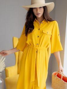 Летнее стильное платье-рубашка жёлтого цвета длинное