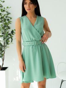 Мятное короткое платье на лето