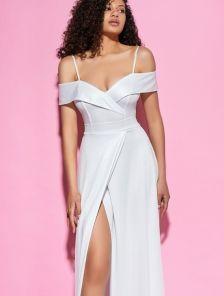 Белое длинное блестящее вечернее платье на короткий рукав