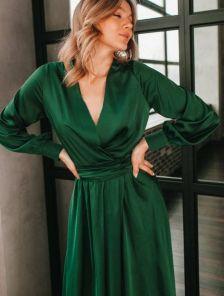 Нарядное зеленое шелковое платье миди на длинный рукав