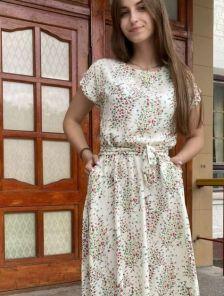Летнее штапельное платье с цветочным принтом
