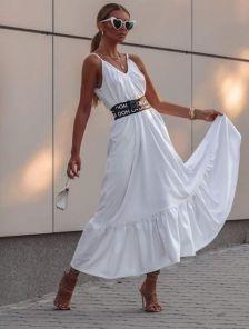 Летнее, белое платье-сарафан, с регулируемыми бретелями и широким поясом