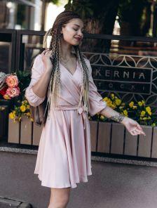 Летнее легкое короткое платье персикового цвета