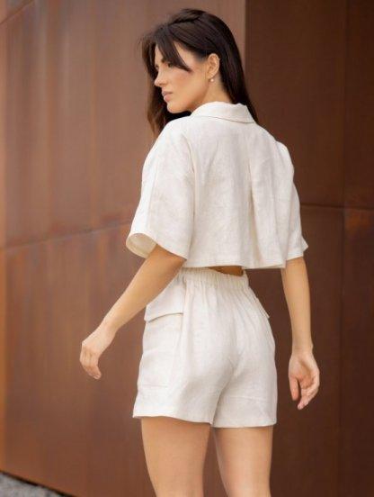 Льняной комбинезон с шортами с пуговицами и поясом, фото 1