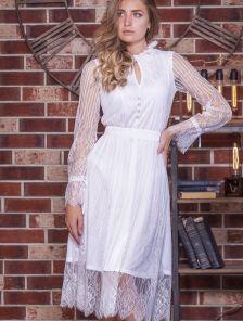 Белое кружевное вечернее платье на длинный рукав