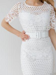 Летнее, белое, короткое кружевное платье , с коротким рукавом
