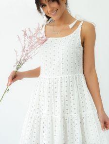 Летнее, белое, ажурное платье-сарафан