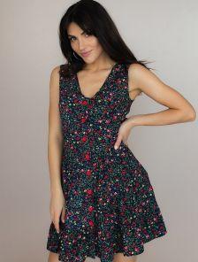 Легкое короткое платье в цветы