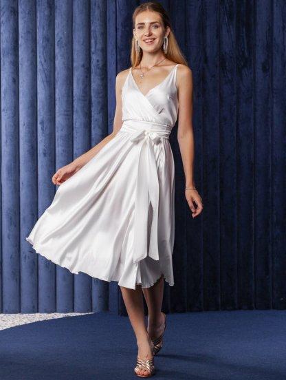 Белое легкое платье миди на бретелях, фото 1