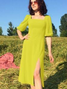 Желтое летнее платье с квадратным вырезом