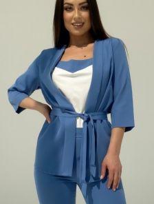 Летний брючный костюм тройка синего цвета на поясе
