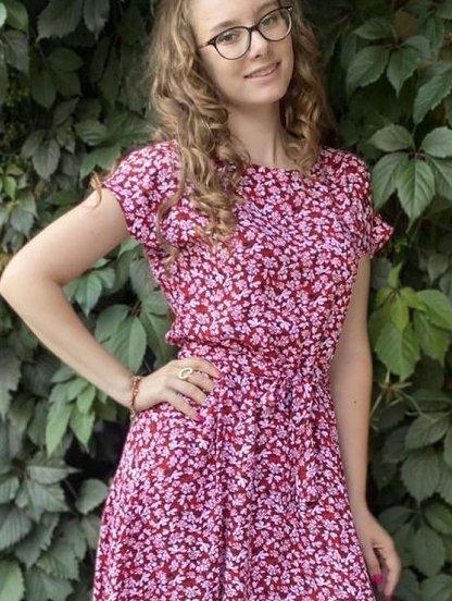 Летнее красное штапельное платье с цветочным принтом, фото 1