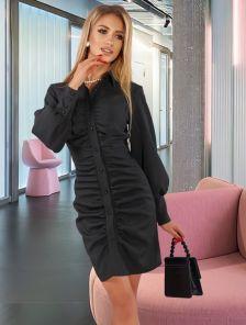 Короткое черное платье с рукавом на манжетах