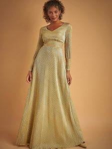 Вечернее золотое нарядное платье в пол на длинный рукав