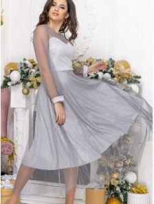 Нарядное серебристое расклешенное блестящее платье с сеткой