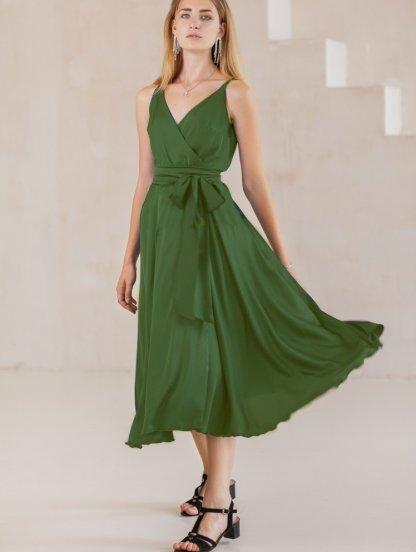 Летнее легкое платье миди на бретелях, фото 1