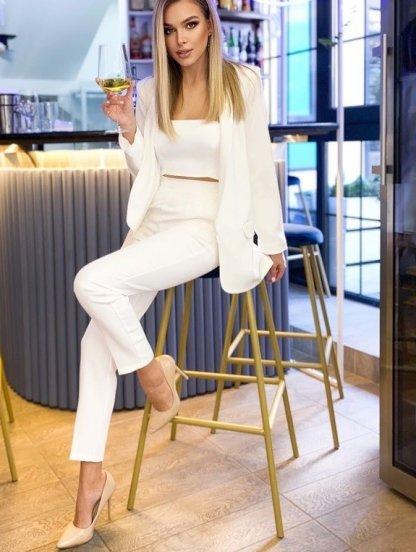 Современный женский белый брючный костюм, фото 1