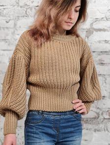 Светло-коричневый теплый вязаный зимний свитер с объемным рукавом