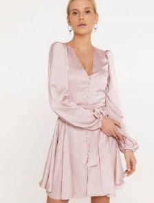 Шелковое нарядное короткое платье, с длинным рукавом и поясом-бантом