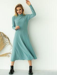 Мятное платье миди длины с горловиной