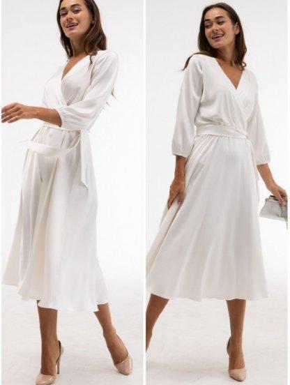 Нарядное молочное атласное платье миди с запахом и рукавом 3/4, фото 1