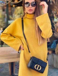 Теплое желтое платье свободного кроя