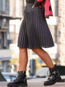 Вязанная юбка плиссе темно-серого цвета