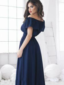 Длинное пышное шифоновое платье с открытыми плечами