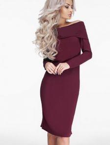 Элегантное платье с приспущенными плечиками и съемным украшением