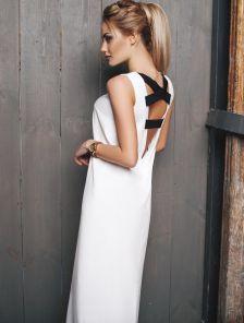 Черно-белое платье-футляр длины миди