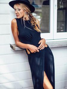 Эффектное платье-туника в черном цвете