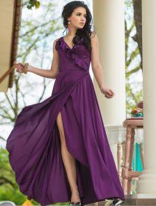 Невероятное платье на запах насыщенного фиолетового цвета