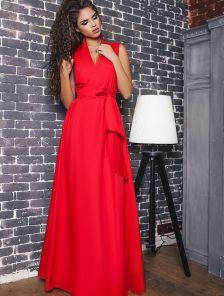 Длинное красное платье на запах
