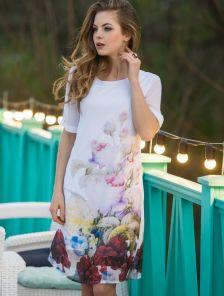 Изысканное шифоновое платье с ярким цветочным принтом