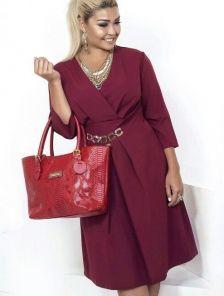 de6ddfb2b0c Эффектное платье цвета бордо с глубоким декольте. Купить в Киеве ...