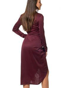 Платье длины-миди с V-образным вырезом