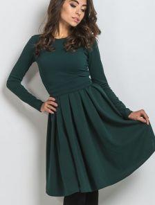 Нарядное класическое платье миди длинны в насыщенном зеленом цвете