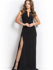 Черное длинное платье с вырезом и разрезом