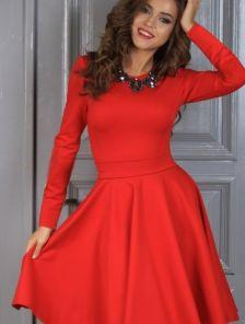 Нарядное класическое платье миди длинны в красном цвете
