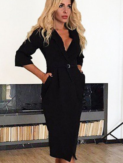 Черное офисное платье на запах с глубоким декольте и рукавом 3/4, фото 1