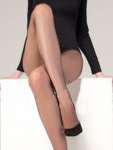 Сексуальные эластичные колготки в сетку цвета капучино