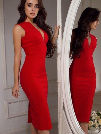 Красное платье футляр с декольте. Купить в Киеве по цене 799грн ... c4323516d6684