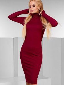 Платье-гольф в рубчик цвета марсала с рукавом-перчаткой