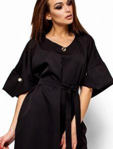 Черное платье свободного кроя с широкими рукавами
